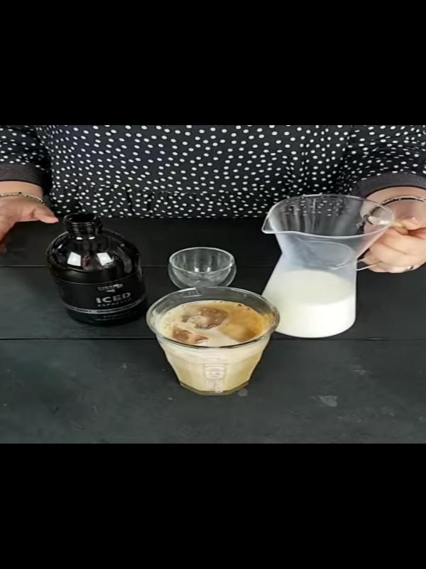 0__=__https://youtu.be/lOVrW-QauyU___Iced espresso - så nemt er det!